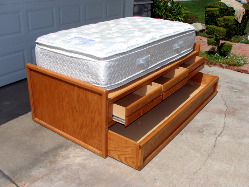 Full size captains bed with storage - Captain S Twin Size Bed W Trundle